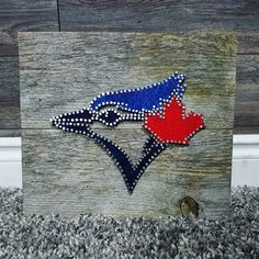 Nail String Art, String Crafts, Nail Art, Art Toronto, Toronto Blue Jays, Homemade Gifts, Wood Crafts, Arts And Crafts, Crafty