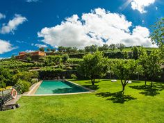 Portugal's Best Wine Hotels - via Nelson Carvalheiro 11.06.2015 | Travel through Portugal through wine! Ahead of you is a day of Portuguese Wine discovery, always accompanied by quaint and candid Portuguese traditional cuisine. Photo: Quinta do Vallado, Peso da Régua - Douro Valley