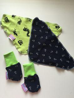 Domácí výroba/slintacky alias nakrcniky s rukavicemi