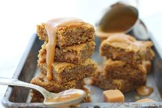 Salty and sweet, soft and chewy these easy to make Salted caramel blondies are oozing with sticky caramel goodness. The perfect treat for any caramel lover!