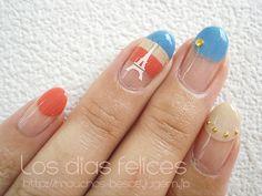 """""""French"""" nail! Cute Eiffel Tower nail art."""