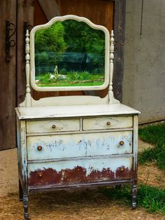 Charming Little Vanity On Small Wooden Wheels Has Spindle Legs The Mirror In Its Slightly Scalloped Frame Tilts Or Swivels Pinterest