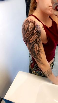 wing tattoos are so amazing it looks perfect on any part of body. Wing Tattoo Men, Angle Wing Tattoos, Angel Tattoos On Arm, Angle Tattoo, Back Of Arm Tattoo, Wing Tattoos On Back, Angel Wings Tattoo On Back, Inner Forearm Tattoo, Tattoos Of Angels