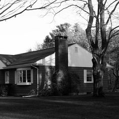 Portland, Maine  #builtlandscape - #Portland #Maine #roadside #exploreusa  #exploreAmerica #bnw #blackandwhite  #bw_society #bnw_captures #bnw_usa #scenesofme #scenesofnewengland #visitme #newenglandphotography #exploreme #daylight #roadside #visitnewengland #travel #chimney #travelgram #ME #house #home