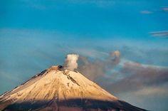 Con cariño desde #Puebla el papá de todos los volcanes #DonGoyo #popocatepetl #mexico #mexigers #igersmexico #igerspuebla #volcano #ig_worldclub #ig_americas #ig_mexico http://ift.tt/24YXzMU