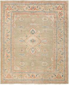 Antique Sultanabad Rug, Origin: Persia, Circa: Late 19th Century  11 ft x 13 ft 6 in (3.35 m x 4.11 m)