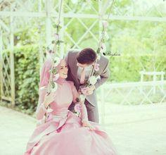 Cute and Romantic Muslim Wedding ! http://www.dawntravels.com/hajj.htm