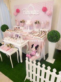 Minnie Mouse SHABBY Birthday Party Ideas | Photo 7 of 15