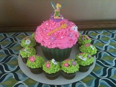 tinkerbell cake ideas   Cakes by Joanna: Tinkerbell Cupcakes