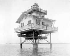 1867 near Crisfield, MD at the entrance to Annemessex River. lantern on roof of dwelling. Cove Lighting, Pennsylvania Railroad, Chesapeake Bay, Coast Guard, Somerset, Cottage Style, Big Ben, Lanterns, Entrance