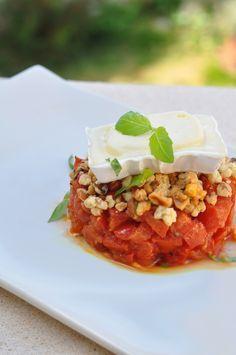Le tartare de tomates et crumble de noisettes | Lovalinda x Cuisine x Entrée