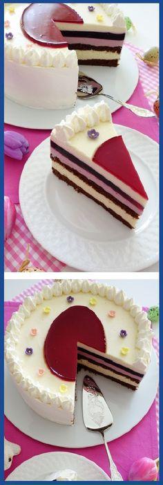 "UNA IRRESISTIBLE ""TORTA DE PASCUA.  #tortadepascua #pascua #cakes  #pan #panfrances #panettone #panes #pantone #pan #recetas #recipe #casero #torta #tartas #pastel #nestlecocina #bizcocho #bizcochuelo #tasty #cocina #chocolate   Si te gusta dinos HOLA y dale a Me Gusta MIREN... Just Desserts, Delicious Desserts, Yummy Food, Sweet Recipes, Cake Recipes, Snack Recipes, Pastry Cake, Amazing Cakes, Cookie Decorating"