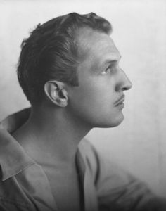 Young Vincent Price. *.*