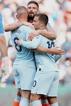 Eden Hazard, Chelsea Football, Chelsea Fc, Soccer Guys, Football Players, Hot Cops, It's Going Down, Big Muscles, Men In Uniform