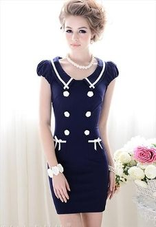 reminds me of the sailor dress i wore as a kid!