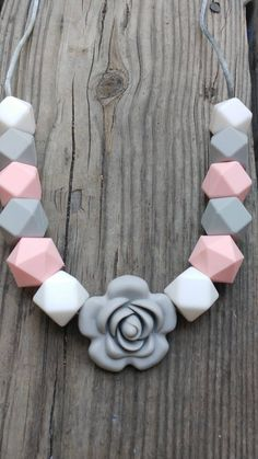 Cute white/pink/ and grey flower Silicone teething necklace for mom to wear. Mommy jewlery, babyish, stylish, nursing necklace, new mom gift