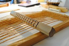 Yesterday at weaving class we started on a tapestry woven on a mini table loom with wool thread. The loom is tiny, and my first piece on it . Weaving Loom Diy, Weaving Tools, Inkle Loom, Card Weaving, Tablet Weaving, Weaving Projects, Weaving Textiles, Weaving Patterns, Tapestry Weaving