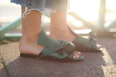 The Hottest Shoe Trend For Spring | Bloglovin' — The Edit | Bloglovin'