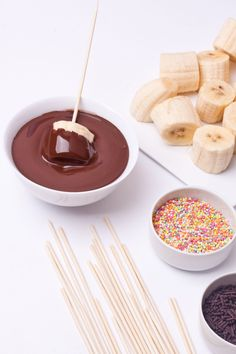This chocolate fondue might actually be the easiest party dessert ever. You don't have to double-boil, you don't have to buy a fancy fondue kit, you don't have to. Crock Pot Desserts, Slow Cooker Desserts, Slow Cooker Recipes, Easy Desserts, Dessert Recipes, Cooking Recipes, Health Desserts, Crockpot Meals, Cooking Tips