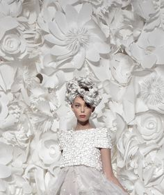 Tanya Dziahileva at Chanel Haute Couture spring/summer 2009 ♥♥ Art Alive