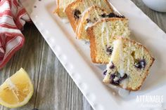 This lemon blueberry loaf cake is a perfect solution to dessert when you need a sweet recipe to finish off the day. It holds up well as a finger food, too. Peach Pie Recipes, Sweet Recipes, Healthy Dessert Recipes, Easy Desserts, Delicious Recipes, Easy Peach Pie, Blueberry Loaf Cakes, Marshmallow Fluff Recipes, Double Chocolate Chip Muffins