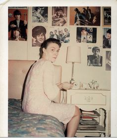 Grandma secretly obsessed over the Monkees until caught. Time Pictures, Old Pictures, Old Photos, Vintage Photographs, Vintage Images, Vintage Polaroid, Strange Photos, The Monkees, Family Album
