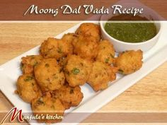 Moong Dal Vadas are also known as pakoras, bhajias or fritters. This is a spicy delicious snack crispy outside and soft inside. Moong dal vada is a popular tasty treat. Haitian Food Recipes, Indian Food Recipes, Vegetarian Recipes, Cooking Recipes, Healthy Recipes, Budget Cooking, Vegetarian Appetizers, Indian Appetizers, Indian Snacks
