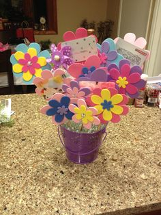 Gift card flower bouquet a friend made me for my graduation!! Such a cute way to give gift cards! Absolutely love this!