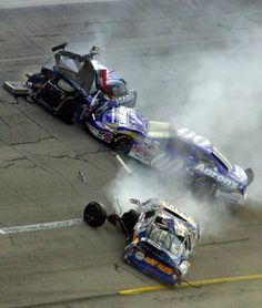 vintage nascar wreck pics | October 2005 - NASCAR Crashes - Photos - SI.com