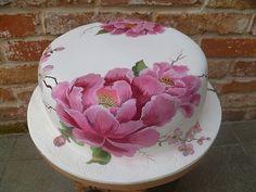 maľovaná na svadbu torta, , Selina Gorgeous Cakes, Pretty Cakes, Amazing Cakes, Bolo Floral, Floral Cake, Cake Decorating Techniques, Cake Decorating Tutorials, Fondant Cakes, Cupcake Cakes