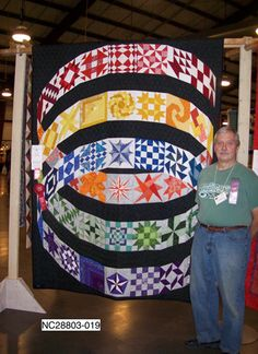3D quilt! Wow!! roger winchell at asheville quilt show..the alliance for american quilts
