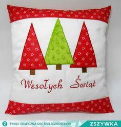 Zobacz zdjęcie Poduszka świąteczna. Więcej pomysłów na oryginalny prezent znajdziesz na facebook HaftArt w pełnej rozdzielczości