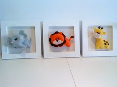 Trio of cute animals! Baby Mobile Felt, Felt Baby, Felt Garland, Felt Ornaments, Felt Crafts, Fabric Crafts, Softies, Plushies, Felt Pictures