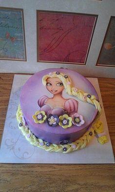 Creative Cake Decorating For A Kid's Birthday Rapunzel Torte, Bolo Rapunzel, Rapunzel Birthday Cake, Tangled Birthday Party, Birthday Cake Girls, Princess Rapunzel, Rapunzel Cake Ideas, Princess Cakes, Disney Rapunzel