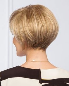 Modern Bob Hairstyles For Women, looking for neat looks is far more important than just a pretty face or the latest 2019 haircut! Bob Haircuts For Women, Short Bob Hairstyles, Caramel Hair With Blonde Highlights, Short Hair Cuts, Short Hair Styles, Short Pixie Bob, Gabor Wigs, Ombre Hair, Blonde Hair