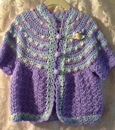 poco chicas suéter tamaño 2:58. Ganchillo de la mano