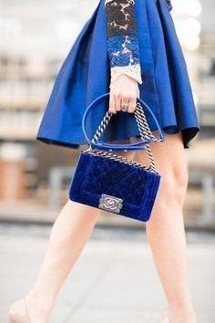 Насыщенный синий - для настоящих ценителей цвета.