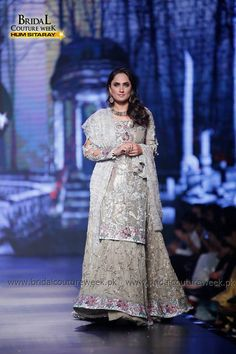 Saadia Mirza's-collection-at-bridal-couture-week-14