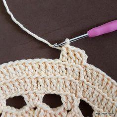 Crochet Mandala, Love Crochet, Doilies, Tassels, Diy And Crafts, Crochet Necklace, Crochet Patterns, Rugs, Knitting