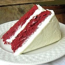 These colorful layers of Southern tradition with hints of citrus and chocolate boast a rich cream cheese frosting. Our gluten-free baking fans may finally hop on the red velvet bandwagon!  Gluten-Free Red Velvet Cake