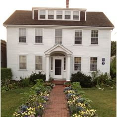 Provincetown Foundation Planting, Garage Doors, Houses, Mansions, House Styles, Places, Outdoor Decor, Home Decor, Homes