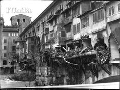 Ponte Vecchio after flooding in 1966