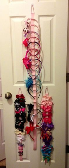 Hair Accessory Organizer: DIY Craftwork | Decozilla