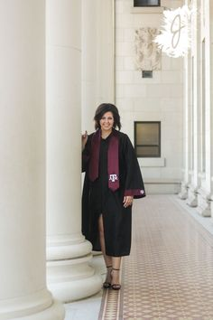 Texas A&M Senior Pictures by Stuff Jenna Does! Offers flexible pricing for college students! #TexasAandM #graduation #senior #Aggies #photography #stuffjennadoes