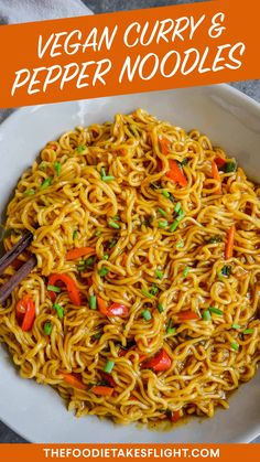 Indian Vegetarian Recipes 307722587042907542 - Curry and Pepper Noodles (Vegan Recipe) Source by jellyjamfanfic Indian Food Recipes, Asian Recipes, Vegetarian Recipes, Cooking Recipes, Healthy Recipes, Ethnic Recipes, Vegan Noodles Recipes, Veg Dinner Recipes, Noodle Recipes