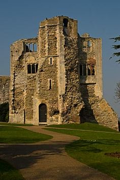Newark Castle, Nottinghamshire, England, built in the 12th century by Alexander, Bishop of Lincoln