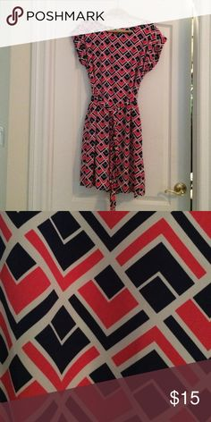 Gap Geometric Print Silky Dress Super cute white, navy and hot pink silky dress. Only worn once and in excellent condition. Has a belt in the same fabric and has pockets! GAP Dresses Midi