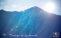 Matices de Verde #Paisaje de #Guatemala: los elementos de la naturaleza se congregan para ofrecer el espectáculo de la Creación.