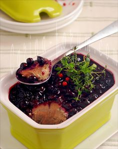 Chicken Liver Pate with Black Currant Jelly - by Carina http://pinterest.com/ahaishopping/