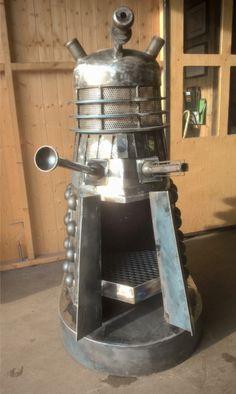 doctor who dalek wood burning fire pit Doctor Who Dalek, Wood Burning Fire Pit, Up House, Tiny House, Geek Crafts, Wood Burner, Blue Box, Geek Out, Dr Who